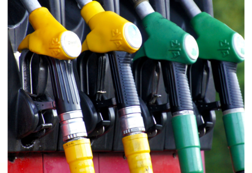 Fuel-Pumps-Yellow-Green-Oxygenated-Unoxygenated-Fuel