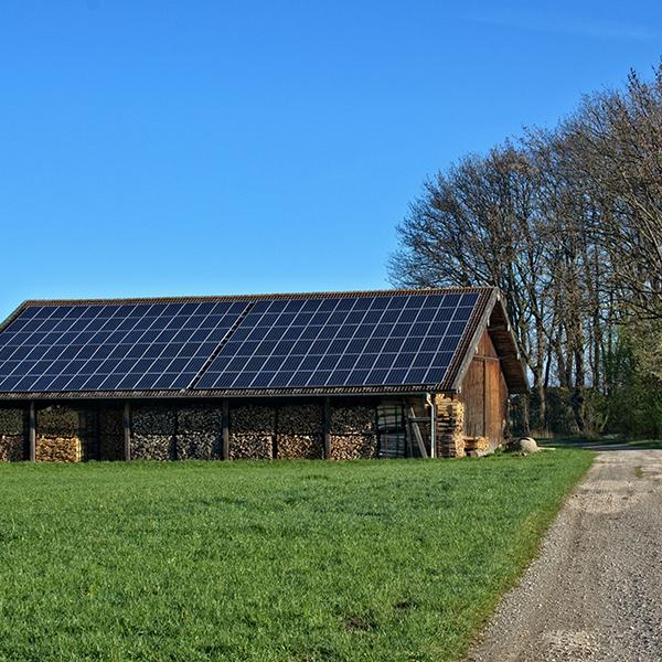 SA Oil discusses farms using solar power